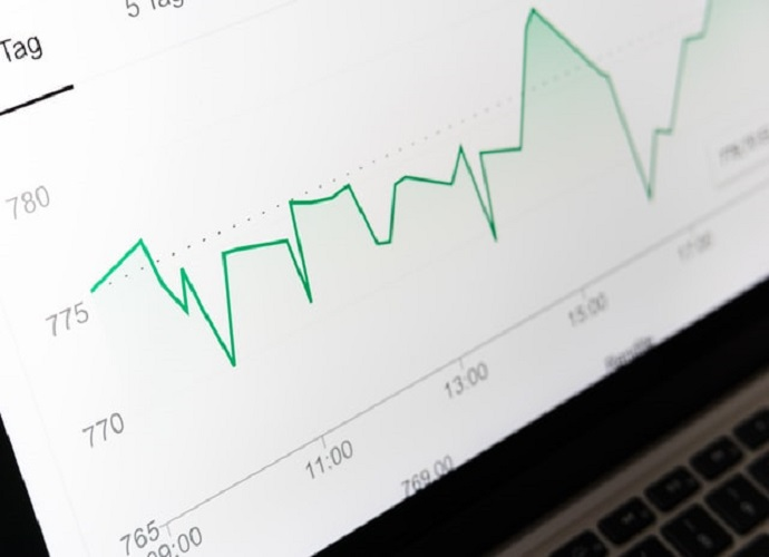 What Is The Difference Between Predictive & Prescriptive Analytics